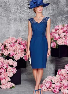 Junoesque Chiffon V-neck Neckline Sheath Mother Of The Bride Dresses With Lace Appliques