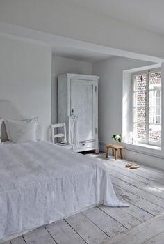 bedroom, vintage, white