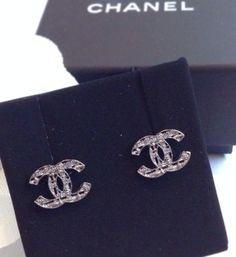 CHANEL Pre Fall 2014 Knit Earrings Stud CC Dark Grey Silver Z3073 Made In Italy
