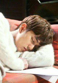 yoo seung ho i am not a robot Yoo Seung Ho - (YooSeungHoTeam) Lee Jong Suk, Lee Dong Wook, Ji Chang Wook, Yoo Seung Ho, Park Hae Jin, Park Hyung Sik, Handsome Korean Actors, Handsome Boys, Incheon