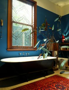 Room 27 – Jazmina's bathroom (Melbourne, Australia) Dream Bathrooms, House Inspiration, House Styles, Victorian Bathroom, Interior Design Kitchen, Interior Design, Bathroom Interior Design, Home Decor, Bohemian Bathroom