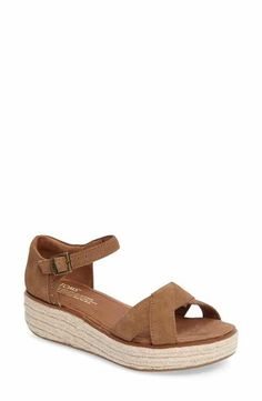 TOMS Harper Platform Sandal (Women) I need this ones in white!!!!!