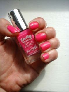 06-05-2015 weekend nails. Blogclaudiamaral.blogspot.co.uk #blogger #bbloggers #beauty #nailpolish #barrym #barrymcosmetics @barrymcosmetics #pinkpunch #pink #nailpolishuk #nails #unhas