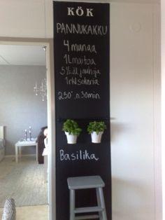 Blackboard in kitchen Blackboards, Ladder Decor, Kitchen Ideas, Kitchens, Home Decor, Interior Design, Decoration Home, Room Decor, Kitchen