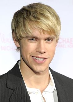 Oh he is my favorite :) Chord Overstreet