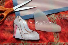 {Katie's Something Sweet}: Christian Louboutin Shoe Cookies