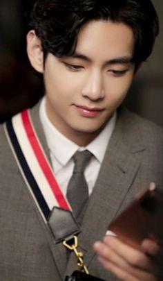 Daegu, Jung So Min, Foto Bts, Vmin, Kyungsoo, V Bts Wallpaper, Bts Aesthetic Pictures, Kim Taehyung, Kpop