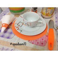 Vestindo a mesa Siga meu instagram @apaulasm #laranja #mesa #mesaposta #decoracao