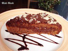 Mish-Mash: Шоколадова торта с ягодов крем и орехов блат