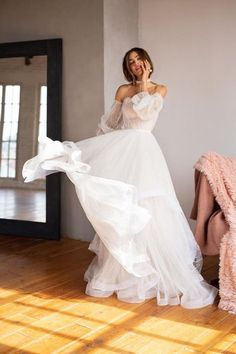 Boho Wedding Dress With Sleeves, Rustic Wedding Dresses, Wedding Dress Trends, Dream Wedding Dresses, Bridal Dresses, Wedding Gowns, Dresses Dresses, Lace Wedding, Sleeve Dresses