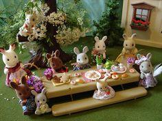 Sylvanian Families Bunny Spring Picnic