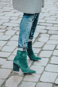 It Is Finally Weekend And I Am Taking It Slow Green ankle booties perfect to wear with everything Booties Outfit, Fall Booties, Ankle Booties, Bootie Boots, Shoe Boots, Sock Shoes, Cute Shoes, Me Too Shoes, Moda Hipster