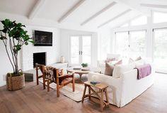 Modern ranch house interior designs modern ranch home interior design. Living Room White, White Rooms, Home Living Room, Living Room Decor, Home Design, Design Ideas, Home Interior, Interior Design, Studio Interior