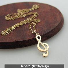Gold-Violinschlüssel-Anhänger für Sie - Musik von NadinArtDesign auf DaWanda.com
