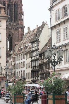 What to do and where to eat in Strasbourg – A city guide If you're thinking of a trip to France, and have already visited Paris, go to Strasbourg. Arjun & I just returned from a little summer holiday in Strasbourg. Like every destination we've picked before, this trip was planned for the sole purpose of eating, exploring markets, then eating an ice cream until we reached the next patisserie. And just when we began to feel like we're eating way too much, we walked up 332 stairs of the…