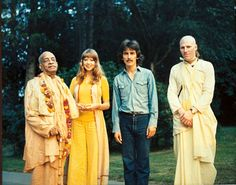 George Harrison Interview: Hare Krishna Mantra–There's Nothing Higher Paul Mccartney, Radha Krishna Temple, Krishna Book, Krishna Art, George Harrison Pattie Boyd, Patti Harrison, Hare Krishna Mantra, Liverpool, I Love You