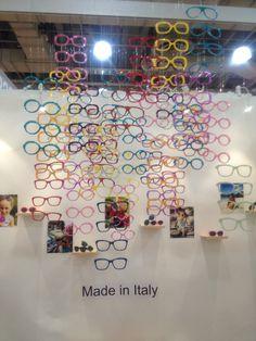 Creative eyewear trade show display #tradeshow #boothdisplay