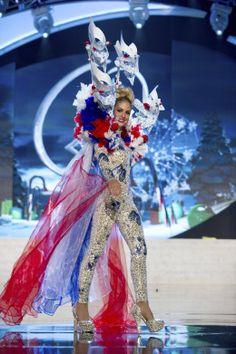 National Costume 2012, Miss Netherlands Nathalie den Dekker