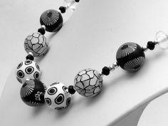 """ Kontrast "" Kette Polymer Clay Lampwork Designer  von filigran-Design auf DaWanda.com"
