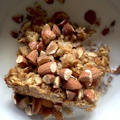 Baked Peanut Butter Oatmeal smells and tastes like a fluffy peanut butter oatmeal cookie.