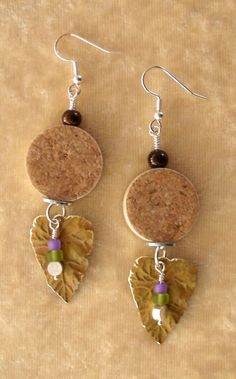 uniquet cork jewlery | cork jewelry designs picture your winery logo on the corks