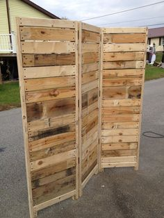 Handmade Primitive Room Divider / Movable Wall / Screen made from Antique Looking Wood - Tall with Three Panels - Beautiful! - Handmade Primitive Room Divider / Movable Wall / Screen made Diy Furniture Couch, Pallet Patio Furniture, Diy Garden Furniture, Furniture Ideas, Furniture Design, Diy Furniture From Pallets, Crafts Out Of Pallets, Etsy Furniture, Apartment Furniture