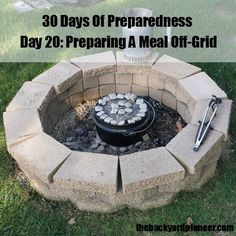 Dutch Oven Cooking is one of the premier methods of Off-Grid meal preperation. Since September is Preparedness Month we'll prepare a meal off-grid. Camping Survival, Camping And Hiking, Survival Prepping, Survival Skills, Camping Menu, Camping Foods, Backpacking Meals, Kayak Camping, Ultralight Backpacking