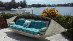 Over 20 of the BEST ideas for upcycling furniture - Creative Upcycled Furniture Deco Marine, Haus Am See, Lake Decor, Coastal Decor, Old Boats, Sail Boats, Creation Deco, Lake Cabins, River House
