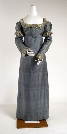 trims 1810 dress | American Silk Dress, circa 1810-15