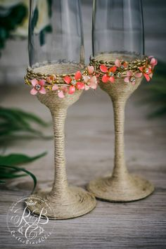 Romantic Glasses, hot pink, Flowers Wedding, Boho chic, bride and groom wedding flutes, champagne glasses, toasting flutes, summer, spring wedding , 2pcs ♥THIS ITEM FOR : - 2 champagne flutes Personalization 0-no personalization, 1-engraving glasses Engraving of our products is done manually Example of engraving you can see the following link: https://www.etsy.com/ru/listing/240319212/add-engraving-on-a-glasses?ref=shop_home_active_19 ♥USED MATERIAL -rop...