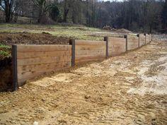 Railroad Tie Retaining Wall, Garden Retaining Wall, Concrete Retaining Walls, Landscaping Retaining Walls, Driveway Landscaping, Backyard Pergola, Landscaping With Rocks, Outdoor Landscaping, Wood Privacy Fence