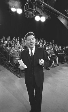 Talk isn't cheap: Gay Byrne presenting 'The Late Late Show' — RTE was lucky to keep this rare talent Talking Heads Lyrics, Johnny Carson, The Late Late Show, Tv Awards, The Day Will Come, Living Legends, Types Of Music, Big Star, The Man