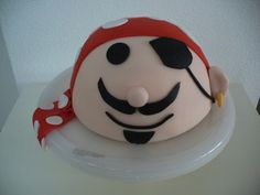 Pirate cake made by kikiboe.nl piraten bol taart 3d