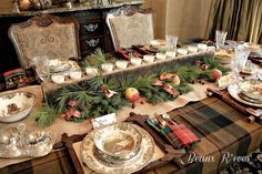 Beaux R'eves: Rustic Thanksgiving Table - great looking tablescape for the holiday (love the silverware pocket in the napkin)!