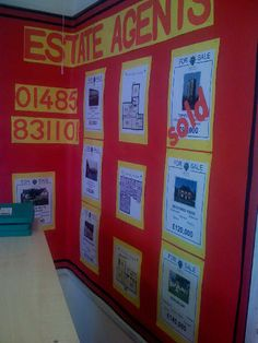 Estate Agent Role Play Corner measurement of rooms, percentage discounts Area and perimeter Play Corner, Corner House, Maths Display, Classroom Displays, Home Corner Ideas Early Years, People Who Help Us, Role Play Areas, Area And Perimeter, Craft Activities For Kids