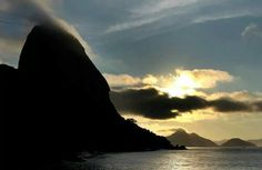 Urca, Rio de Janeiro Beautiful Places, Beautiful Pictures, Wide World, Rest Of The World, Where To Go, Daydream, Brazil, Clouds, Sky