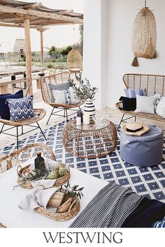 Apr 2020 - Page dedicated to home and interior design enthusiasts. See more ideas about Home decor, Interior design and Home. Living Room Decor, Living Spaces, Bedroom Decor, Home Living, Terrazas Chill Out, Magazine Deco, Casas Containers, Style Deco, Ibiza Fashion
