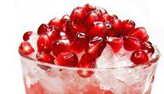 : Mit diesem leckeren Drink und der Vitamin-C-Power aus Grapefruit- und Zitronensaft schlagen Sie nicht nur Erkältungen in die Flucht. Die Inhaltsstoffe des Granatapfels wirken zusätzlich Herz-Kreislauf-Erkrankungen entgegen. Wohl bekomm´s!