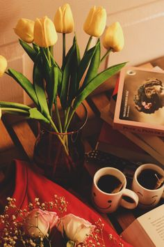 Coffee Time, Tea Time, Good Morning Wishes, Book Photography, Tumblr, Tulips, Wraps, Colours, Flowers