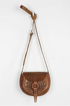 9e2ad1f7e504 Hiptipico Half Moon Tooled Leather Crossbody Bag Review Tooled Leather