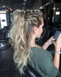 Frisuren lange haare braided hairstyles 3 braid hairstyles braid hairstyles rasta braided hairstyles for 13 year olds braided african hairstyles 2018 braided hairstyles names 15 braided hairstyles braided hairstyles with ribbon Ponytail Hairstyles, Pretty Hairstyles, Girl Hairstyles, Hairstyles Videos, Wave Hairstyle, Braided Ponytail, Hairdos, Hair Inspo, Hair Inspiration