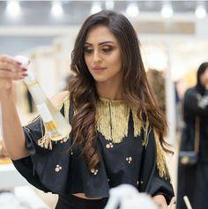 Indian Tv Actress, Actress Pics, Indian Actresses, Krystal Dsouza, Girl Fashion, Fashion Dresses, Indian Designer Wear, Muslim Fashion, India Beauty