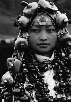 Tibetan dZi and other Himalayan Beads: September 2009