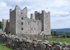 bolton castle, yorkshire Bolton England, Bolton Castle, English Castles, Tower Bridge, Yorkshire, Mount Rushmore, United Kingdom, Scenery, Around The Worlds