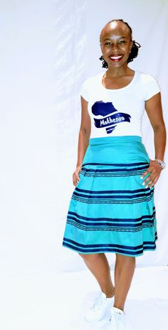 Can be worn at traditional events or informal casual activities