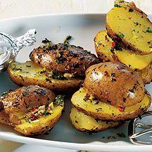 Weight Watchers - Kruidige aardappelen in aluminiumfolie met yoghurt-citroendipsaus – 5pt