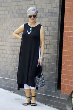 The Best Fashion Ideas For Women Over 60 - Fashion Trends Over 60 Fashion, Mature Fashion, Over 50 Womens Fashion, Fashion Over 50, Cheap Fashion, Fashion Women, Women's Fashion, Mode Outfits, Chic Outfits
