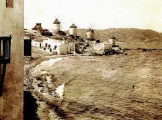 Μύκονός, 1906 Old Time Photos, Old Pictures, Greece History, As Time Goes By, Yesterday And Today, Mykonos, Athens, Greek, Black And White