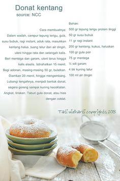 potato donut by tatiwidarti Donut Recipes, Snack Recipes, Dessert Recipes, Cooking Recipes, Easy Cooking, Delicious Donuts, Yummy Snacks, Delicious Desserts, Potato Donuts Recipe