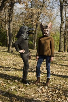 Papier-Mâché Masks Crafted by Liz Sexton Bring Animals to Human Scale Costume Halloween, Halloween Outfits, Halloween Ideas, Animal Head Masks, Animal Heads, Minneapolis, Crow Mask, Rabbit Life, Paper Mache Animals